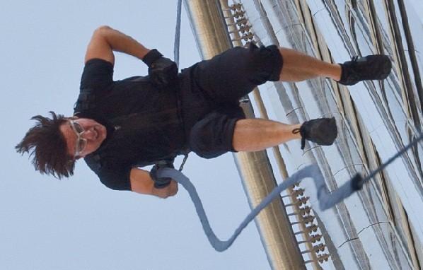 Cruise vil lave actionfilm med Beckham! Tom Cruise, David Beckham, Katie Holmes, Victoria Beckham,