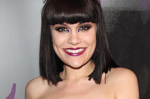Fan låste Jessie J inde på toilet! Jessie J,