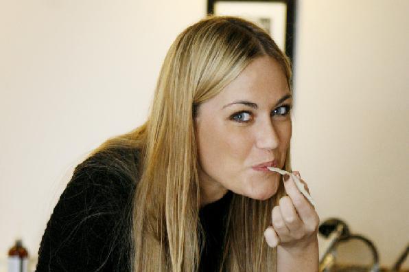 Amalie bliver TV-ekspert! Amalie Szigethy, Amalie, Paradise Hotel,