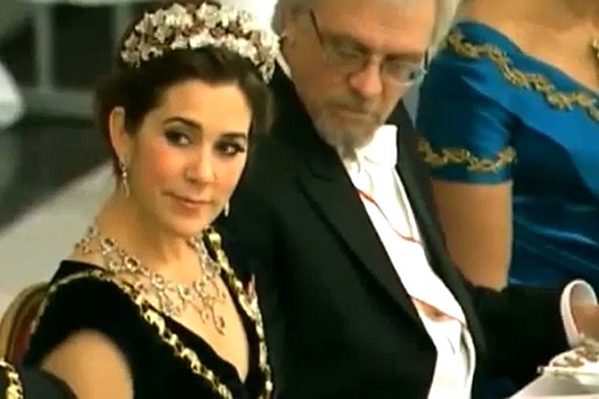 Mary-brystklip er manipuleret! Mary, Kronprinsesse Mary, Anders Breinholt, Natholdet,