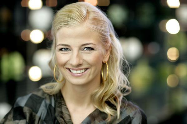 Louise Wolff er blevet single! Louise Wolff, Melodi Grand Prix, Aftenshowet, Danmarks Indsamling,