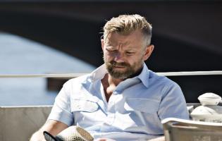 Casper Christensen lever i luksus ! Casper Christensen, Iben Hjejle