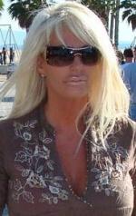 Annis bodyguard tæver journalist Anni Fønsby, bodyguard