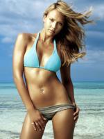 Alba kåret til sexet Jessica Alba, FHM