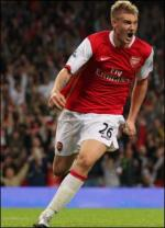 Bendter scorer for Arsenal Nicklas Bendter, Daniel Agger, Christian Poulsen, fodbold