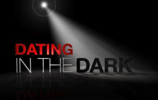 Dark Room i nyt dating program ! dating in the dark, kanal 5,