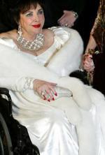 Elizabeth Taylor: overdosis Elizabeth Taylor, alkohol