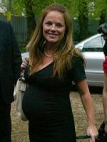 Ingen far til Gerie's barn Geri Halliwell, RobbieWilliams