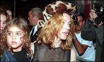 Madonnas børn betaler prisen Madonna