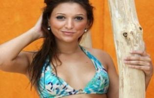 Samantha scorer stripper i Paradise Hotel I aften  paradise hotel,