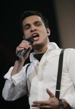 Simon i finalen MGP, Eurovision, Simon Mathew