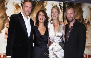 Susanne Bier vinder Golden Globe ! Susanne Bier, Ulrich Thomsen,Michael Persbrandt, trine dyrholm