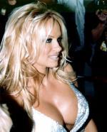 Pamela betalte poker gæld med sex pamela, poker