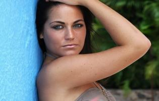 Paradise Amalie vil have større bryster ! paradise hotel, amalie,
