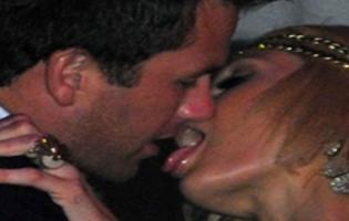 Paris Hilton overfaldt kæresten på VIP Club i Cannes Paris Hilton, Doug Reinhardt, Cannes