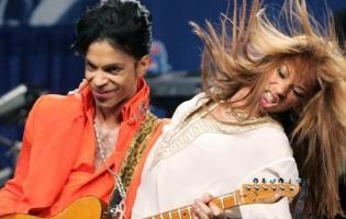 Prince gav den gas og giver ekstra koncert ! prince,