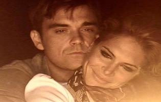 Robbie Williams og Ayda Field skal giftes ! robbie williams, Ayda Field,